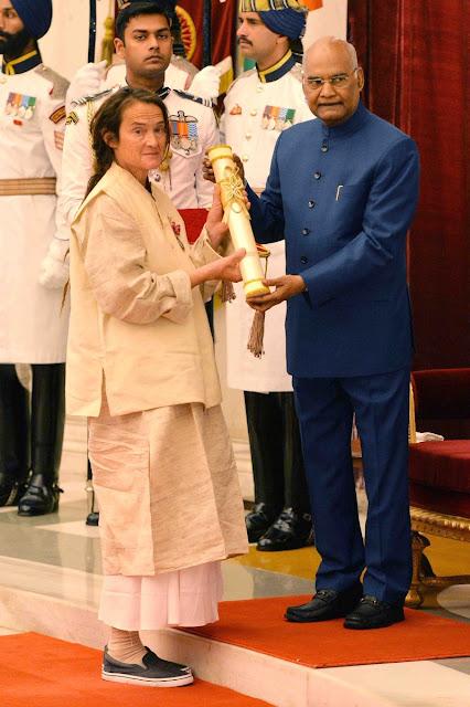 Sudevi Mataji being honoured with Padma Shri in 2019.