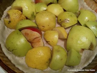 пирог на твороге с яблоками