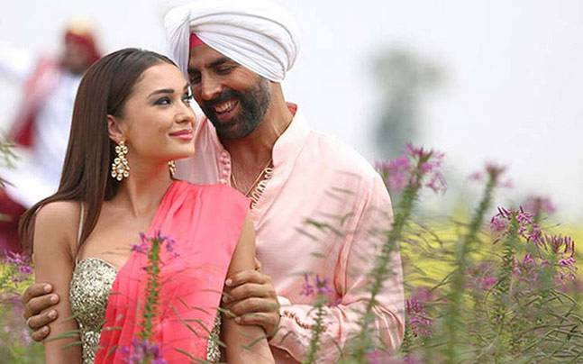 Singh Is Bliing Review : Full to Entertainment, Masti & Action Pack