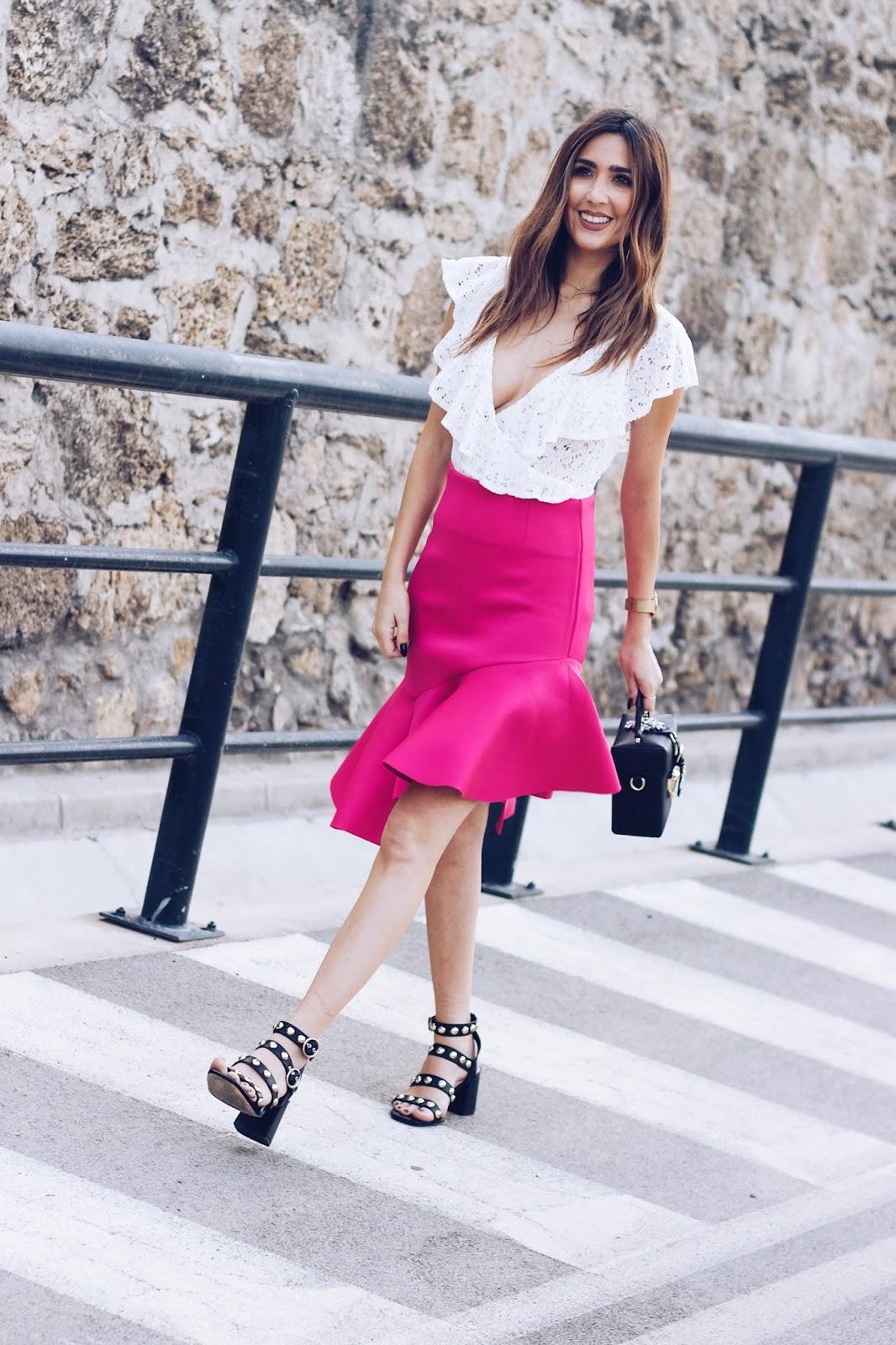 ruffle pink skirt