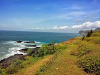 Wisata Pantai Menganti yang terletak di Kabupaten Kebumen_Menganti Beach