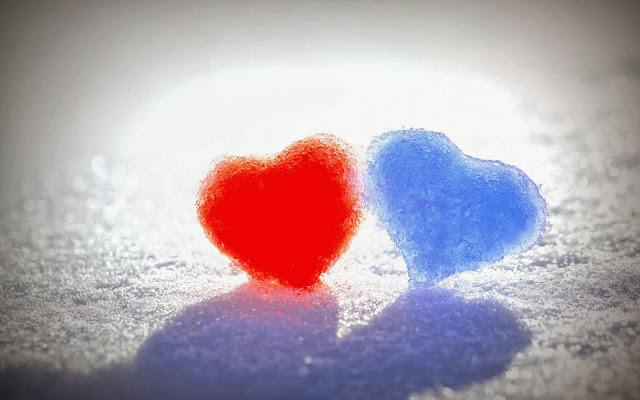 Liefdes hartjes gemaakt van ijs