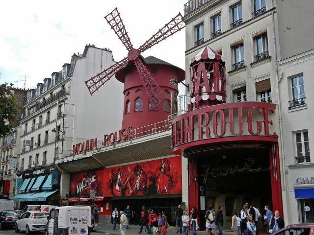 paryskie atrakcje, spacerkiem po Paryżu