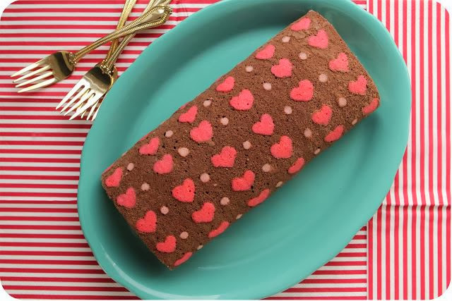 Diy Hearts Pattern Cake Roll The Idea King