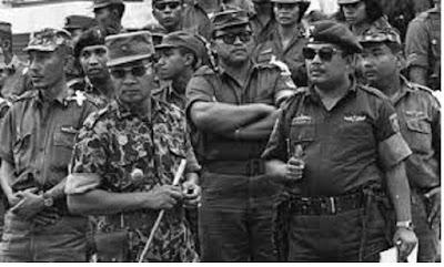 Peralihan Kekuasaan politik dari Orde lama ke Orde Baru - pustakapengetahuan.com