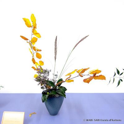 Ikebana-leaf-insect-insecte-fulla-fasmid-moribana