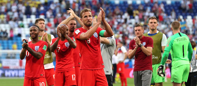 Sweden vs England (0:2); England beat Sweden 2-0 to reach FIFA World Cup semi-finals