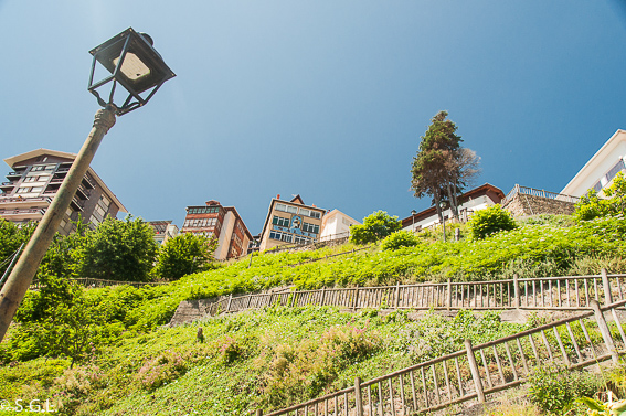 Escaleras en Elantxobe en Vizcaya