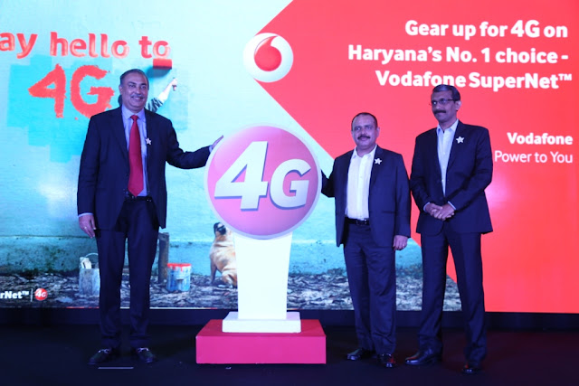 Frm Left_Sunil Sood_MD Vodafone India_Mohit Narru_Business Head Vodafone Haryana_Suresh Kumar Operations Director North Vodafone