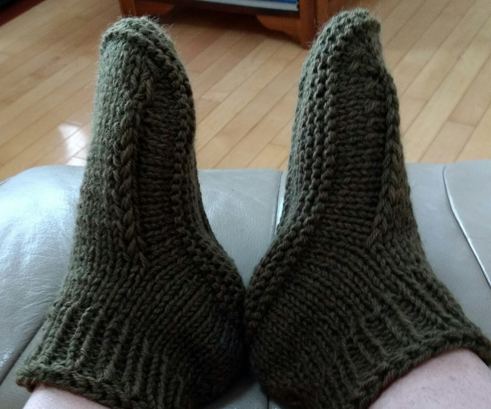 Knit Boots Pattern : Kriskrafter: Better Dorm Boots for MEN! - Free Knitting ...
