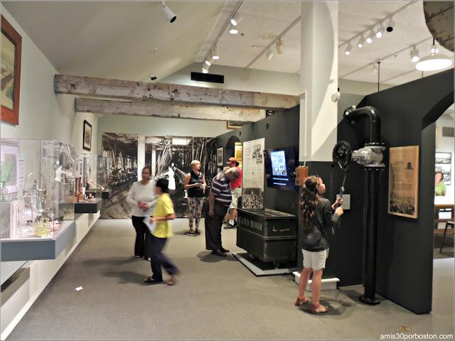 Exhibiciones del Whaling Museum en New Bedford