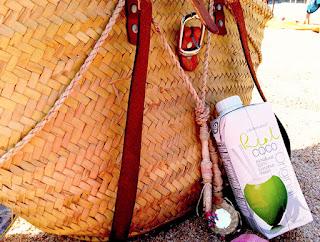 bebida de coco y mango