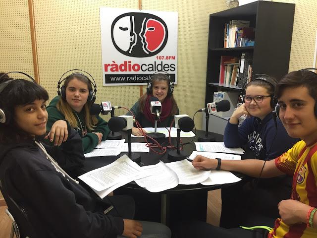 http://radiocaldes.cat/#/programs/lescolaalaradio/radiocaldes_podcast_5010