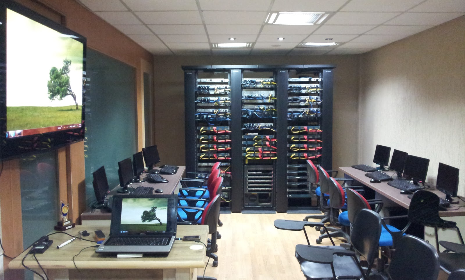 NEW CCIE LAB PHOTOS OF ZOOM TECHNOLOGIES-AMEERPET
