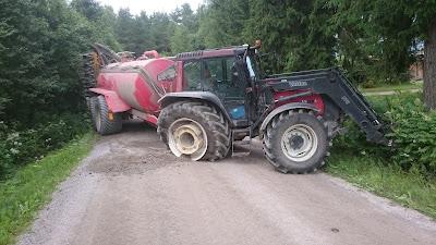 Traktori poikittain