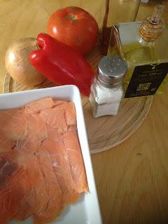Rollitos de salmón con piriñaca, ingredientes