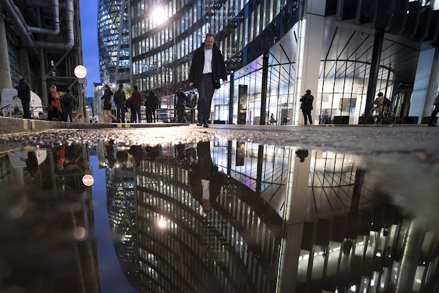 Reflections- Financial District - London Cityscape photography tips - Ashley Laurence - Time for Heroes Photography