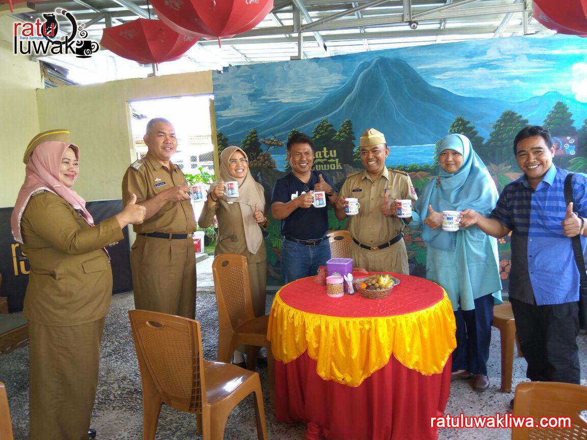 Dirjen Kementrian Kesehatan RI Kunjungi Ratu Luwak Liwa