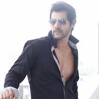 Biodata Shabbir Ahluwalia Pemeran Abhishekh Di Lonceng Cinta ANTV