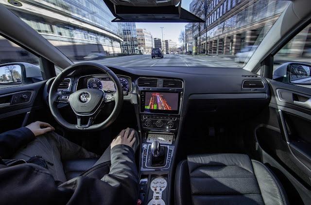 Volkswagen e-Golf autônomo
