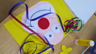 Resultado de imagem para móbiles de carnaval  para educação infantil