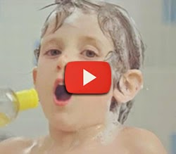 Propaganda com famoso jingle do Johnson's Baby Shampoo, em 2011.