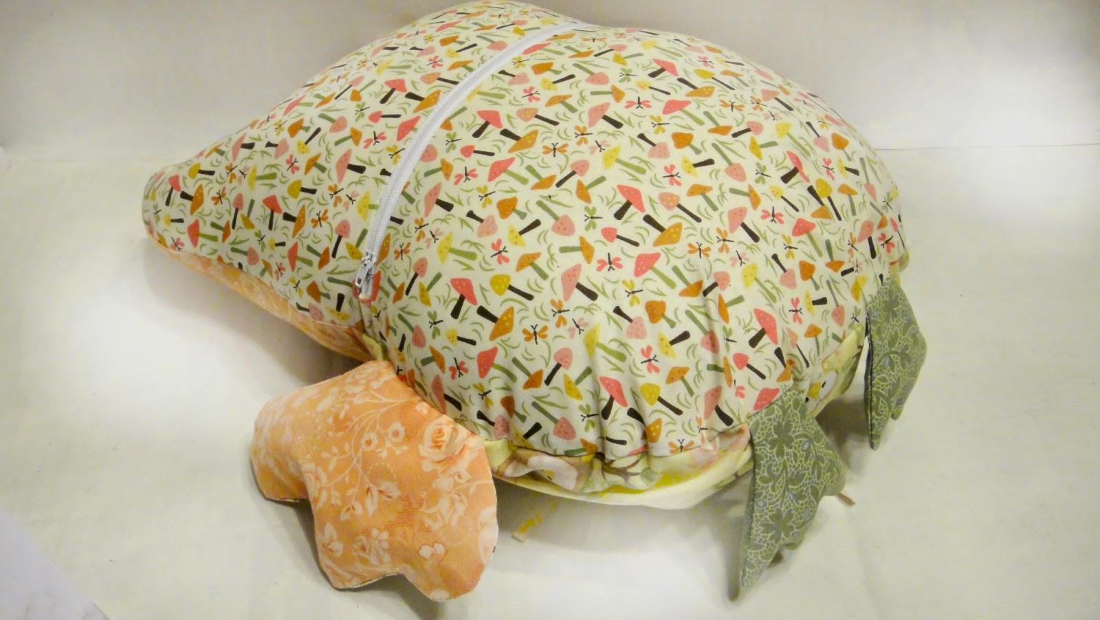 """Подушка игрушка """"Сова"""" в съемной наволочке на молнии, легко стирать в случае нужды"""