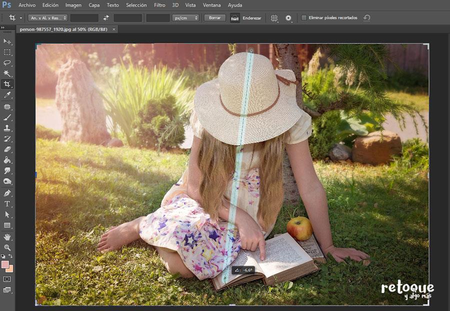 Cómo enderezar una imagen con la herramienta de recorte Photoshop