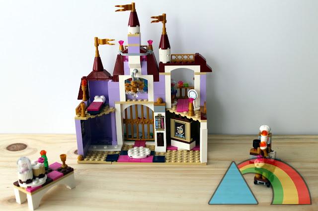 Castillo de la Bella y la Bestia construido con piezas de Lego Princess