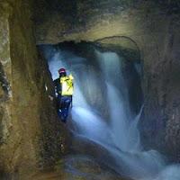 Turismo activo cueva de Valporquero