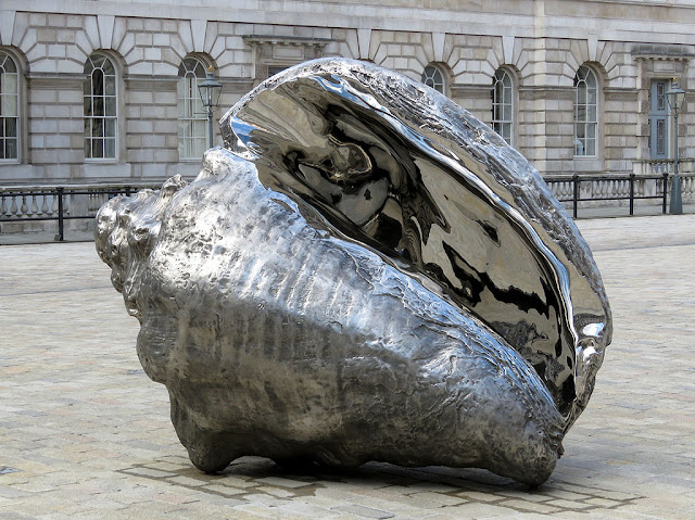 Broken Sublime (The Hunger) by Marc Quinn, Somerset House, London