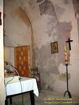 arroyo-cerezo-iglesia-sacristia-entrada