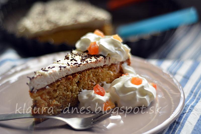54/365      Mrkvovo banánová torta