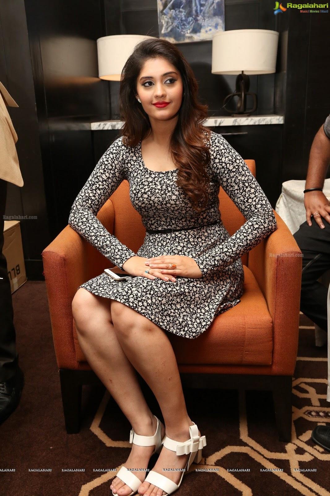 Surabhi Launching Vivo V5 Phone - South Indian Actress-6394