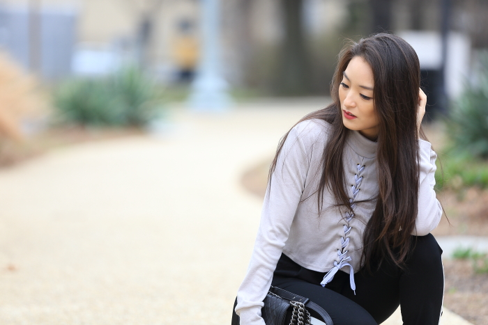 korean blogger wears lace up crop top