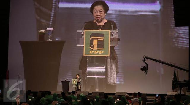 Sentilan Megawati yang Sebut Sandal Hilang di Masjid, DIbalas Dengan Sentilan Yang Lebih Besar