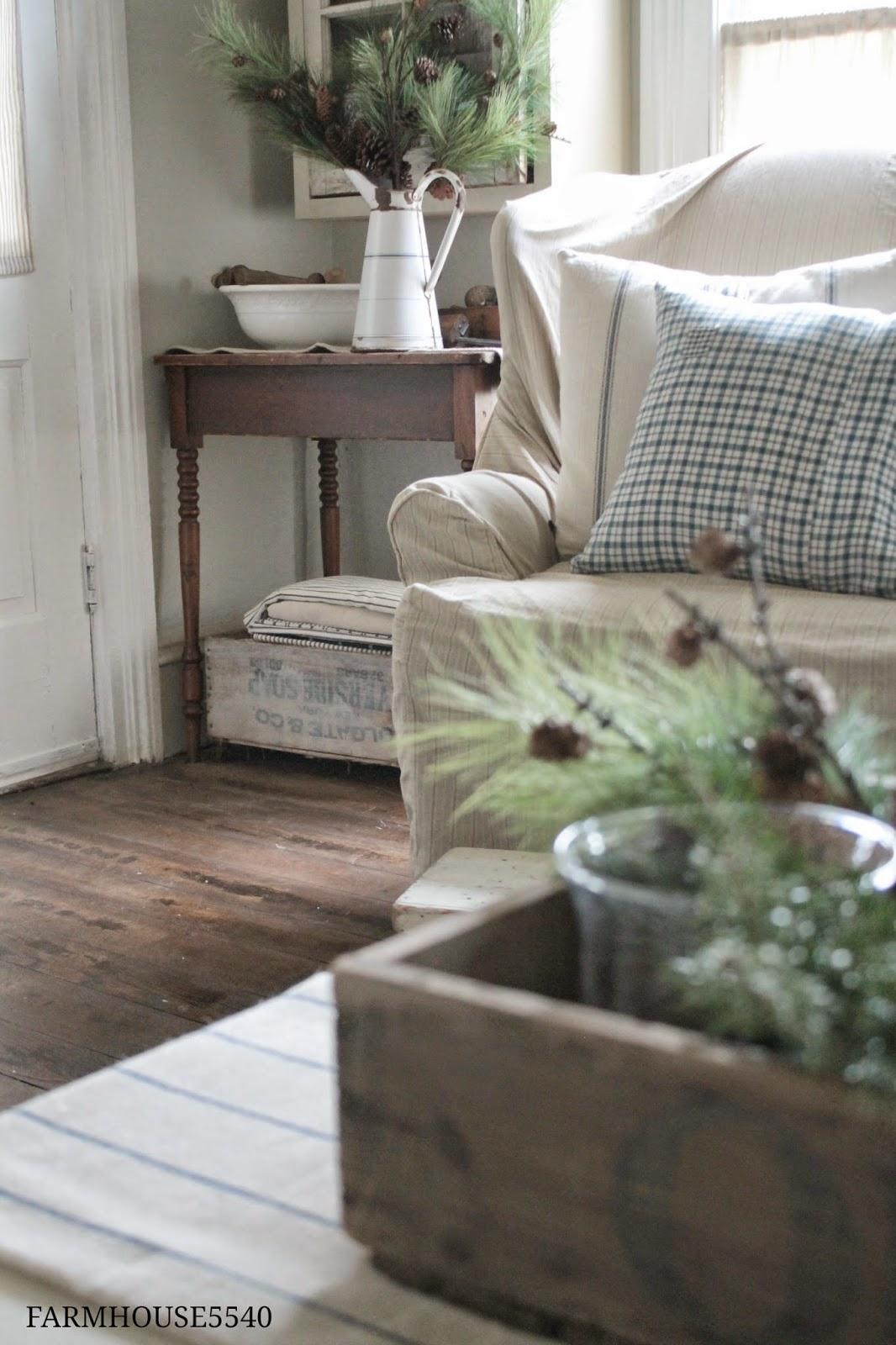 Farmhouse Decor For Living Rooms: FARMHOUSE 5540: Christmas Decorating Sneak Peek
