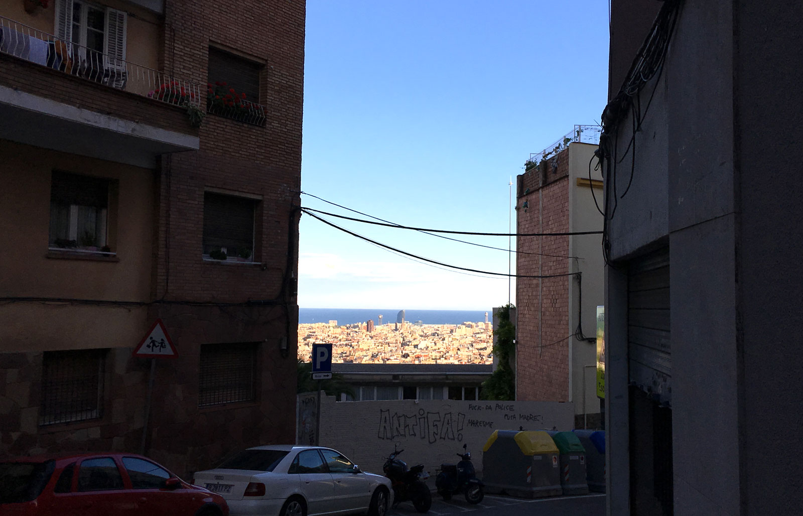 Barcelona al fondo