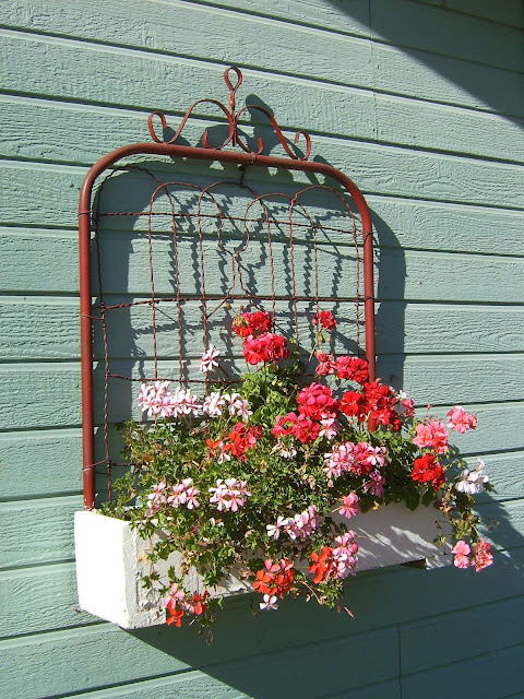 Dishfunctional Designs Don T Fence Me In Creative Uses