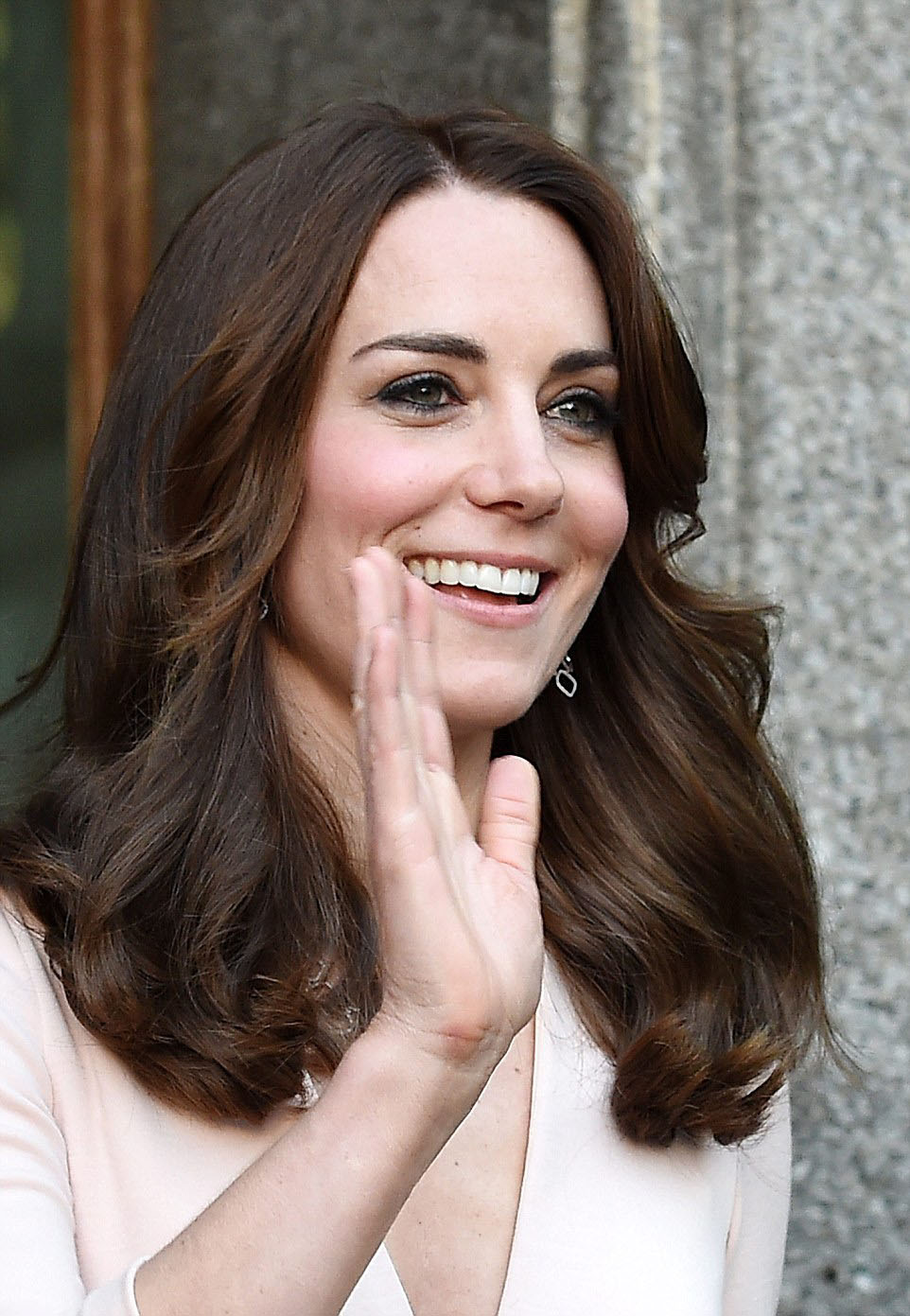 royal family around the world  catherine  duchess of cambridge visits the  u0026 39 vogue 100  a century