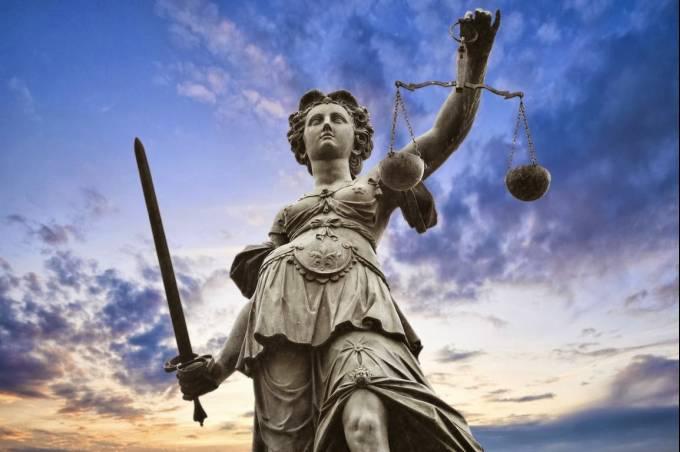 Απόφαση σταθμός της Ελληνικής Δικαιοσύνης κατά των υβριστών της Χρυσής Αυγής: Βαριά καμπάνα στον ευρωβουλευτή του ΚΚΕ, Ζαριανόπουλο