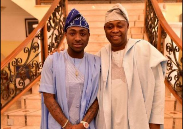Little Secret! See What Davido's Dad Did To Him When He
