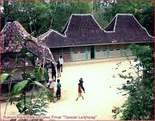 Gambar-Rumah-Adat-Jawa-Timur-Madura