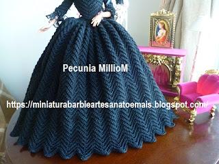 Vestido de Época em Crochê Para Boneca Barbie - Sra. Inglesa do Séc. XVIII Por Pecunia MillioM Saia