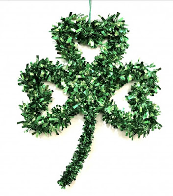 St. Patrick's Day Crafts for Your Elementary Age Kids - Shamrock Wreath