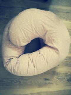 poduszka do karmienia, poduszka dla ciężarnej