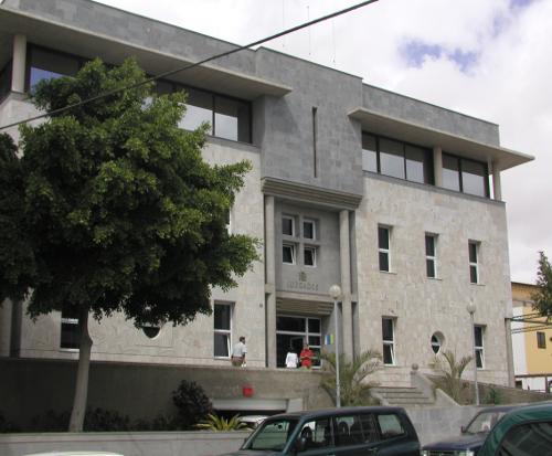 Fuerteventura condenan al banco popular a devolver m s for Hipoteca clausula suelo banco popular