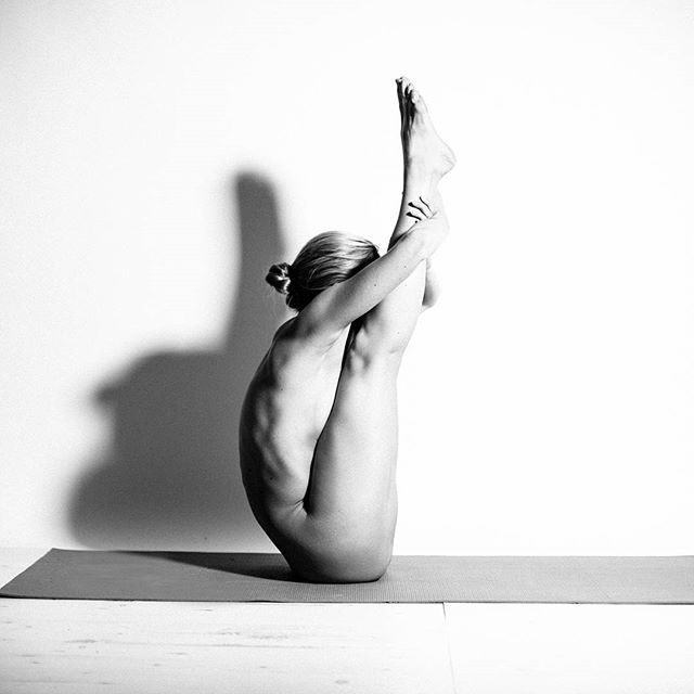 Yoga-Girl-woman-Sexy