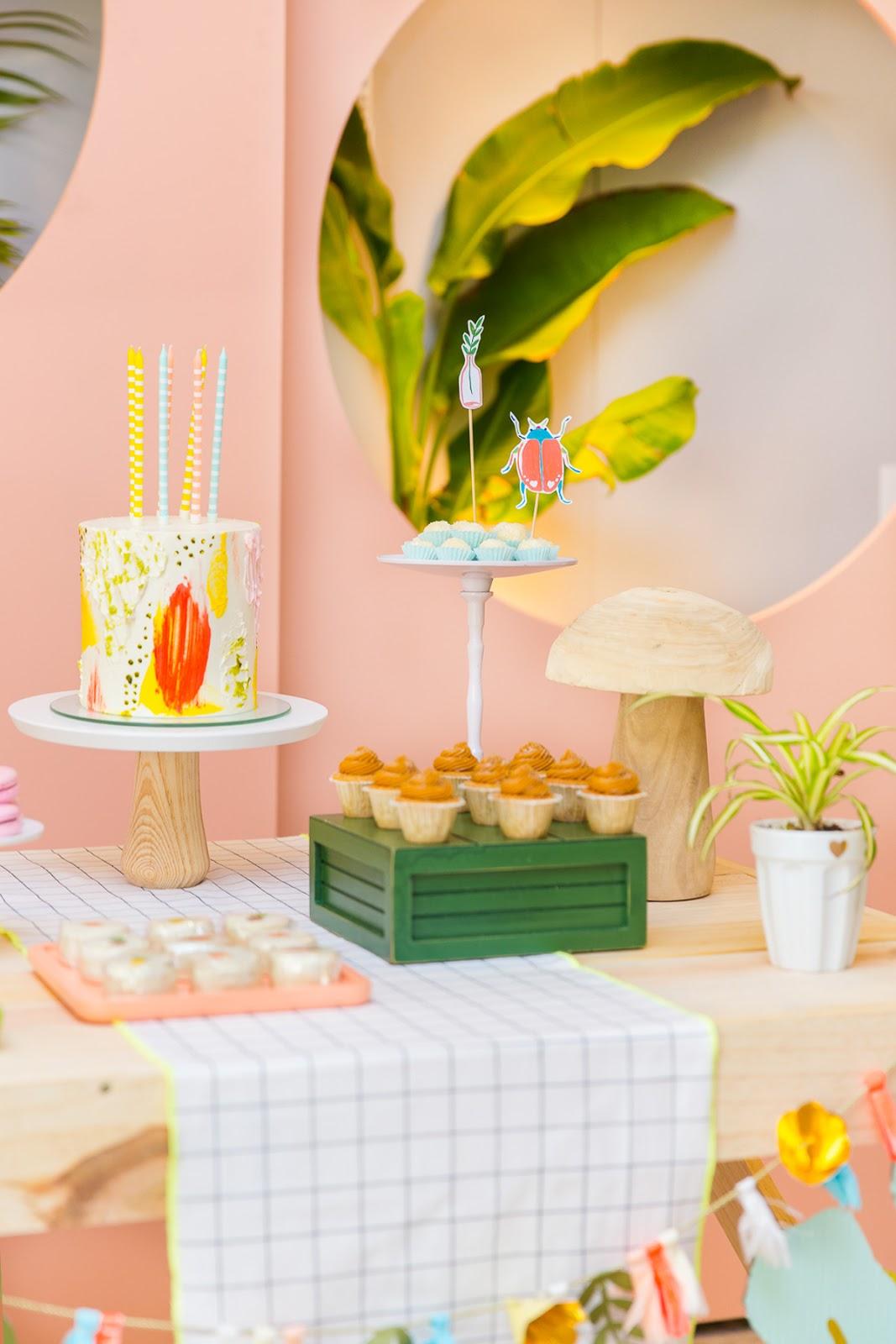 bolo moderno colorido festa infantil buttercream thais terra blog do math