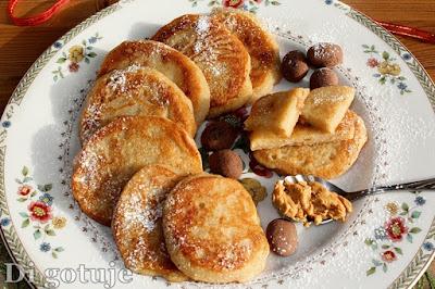 Bananowo-orzechowe placuszki z kaszy manny (bez cukru i jajek)
